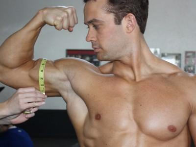 Adaugă 3 cm în braț într-o singură zi