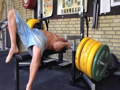 Cele mai comune greșeli la exercițiul Împins la piept cu bara