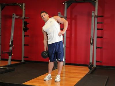 Înclinări laterale cu gantera pentru oblicii abdominali
