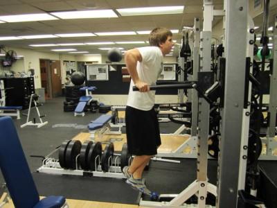 Flotări la paralele - un exercițiu pentru triceps și piept