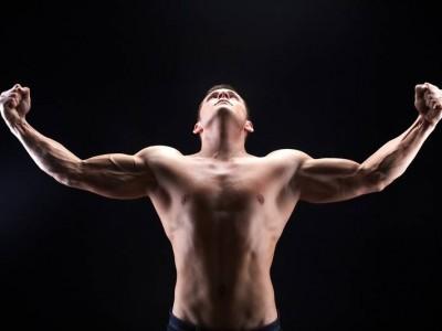 Dezvoltă-ți pieptul - antrenament pentru mușchii pectorali