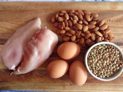 Nutriția şi suplimentația specifică ciclismului: Proteina