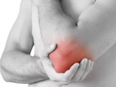 Cauza durerilor de cot din timpul antrenamentelor
