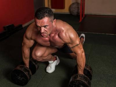 6 greșeli care împiedică dezvoltarea musculaturii
