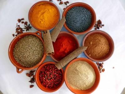 4 condimente pentru arderea grăsimilor