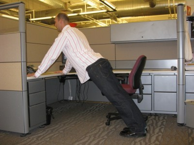 Cum te menții în formă dacă ai un job sedentar