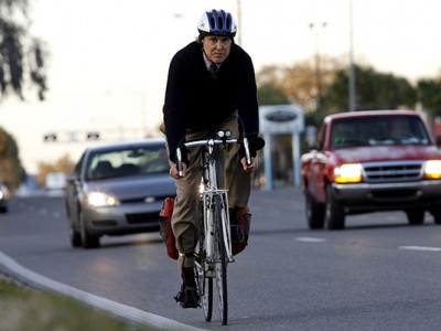 Cu bicicleta la serviciu - merită sau nu?