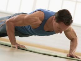 4 exerciții eficiente pentru zona lombară și glutei
