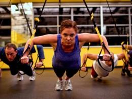 Ce trebuie să știi înainte de a face un antrenament la TRX