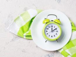 Intermittent fasting. Informații de bază despre postul intermitent