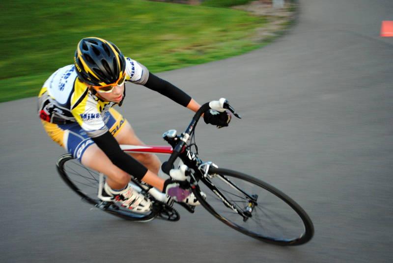 3 paşi pentru a-ţi îmbunătăţi performanţa în ciclism