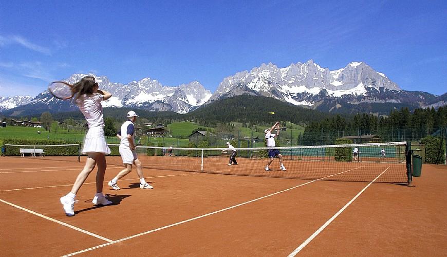 Avantajele tenisului de câmp