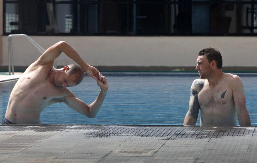 Întinderea mușchilor (stretching) în înot