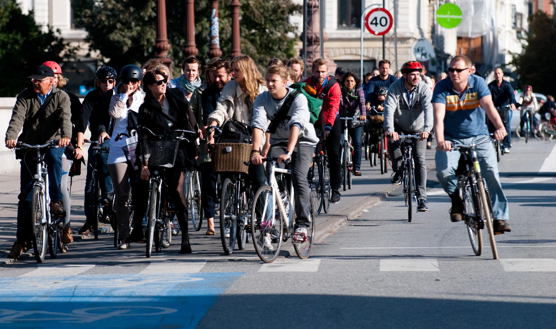 8 motive excelente pentru a merge la serviciu pe bicicletă