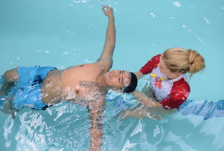 7 sfaturi de înot pentru începători