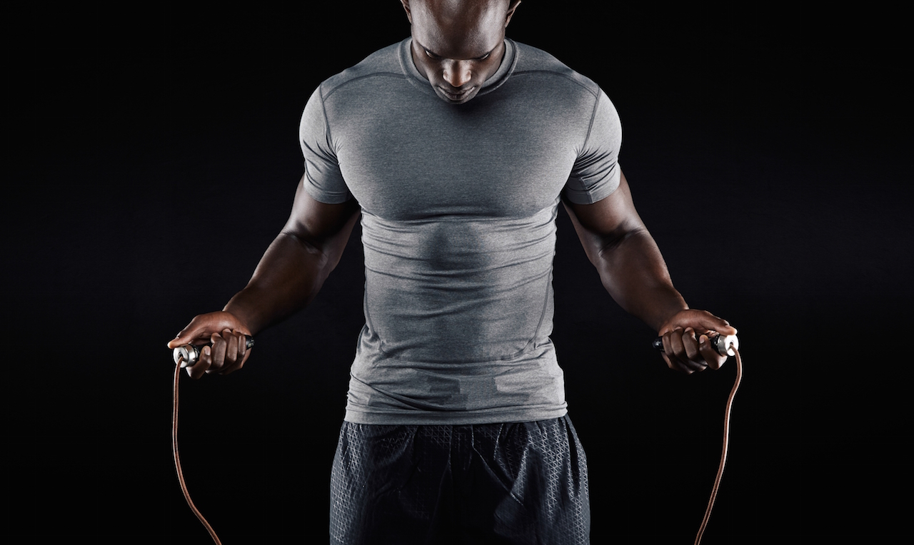 exercitii-pentru-gambe-sarituri-cu-coarda